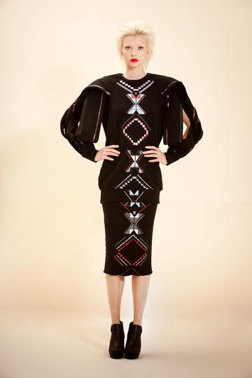 פרויקט הגמר של נוי גוז. פרשנות חדשה לפריטים איקוניים של חברת האופנה משכית (צילום: רון קדמי)