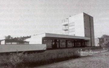 בניין החנות השיתופית בתכנון ולטר גרופיוס, דסאו