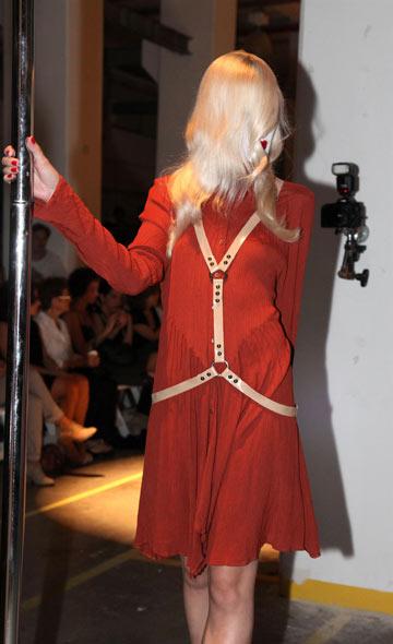 תצוגת האופנה של קום איל פו. סטיילינג משובח (צילום: אבי ולדמן)