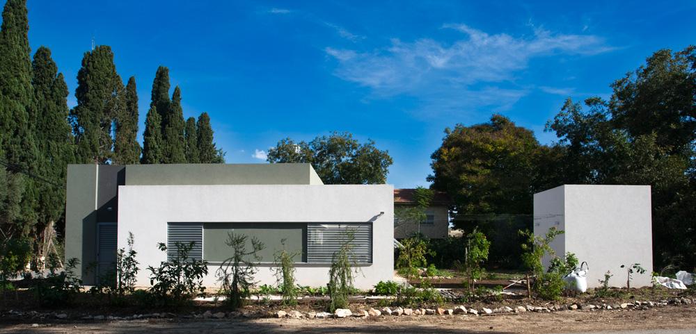 המקום: כפר יהושע בעמק יזרעאל. מטראז': 170 מ''ר בנוי על מגרש של 700 מ''ר. תכנון: אדריכלים רונית ברקול ולוסיאנו סנטנדראו, SAAB אדריכלים (צילום: לוסיאנו סנטנדראו)