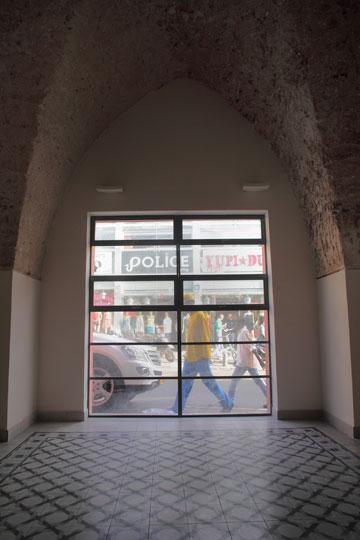 שימור הריצוף ושימור התקרה בנוה שכטר (צילום: אמית הרמן)