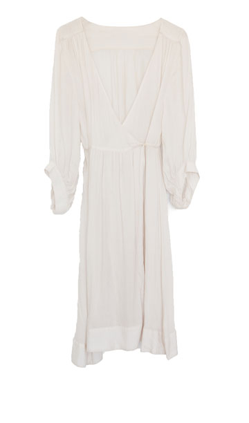 שמלת וינטג' בצבע שמנת. ''פתאום גיליתי את הווינטג''' (צילום: ענבל מרמרי)