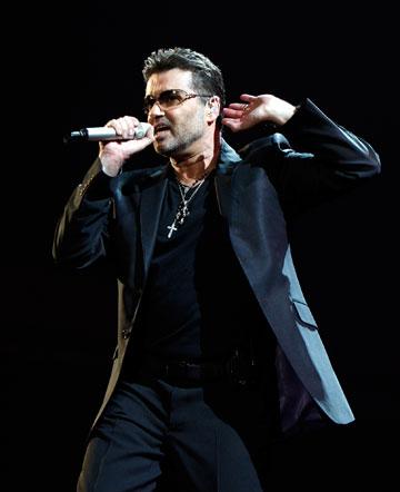 מייקל בהופעה, 2008 (צילום: gettyimages )