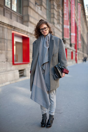 דור שני באופנה: טניה ג'ונס, בתה של יובל ג'ונס, העובדת כסטייליסטית במילאנו (צילום: mr. newton)
