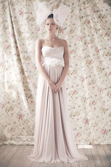 שמלת כלה של ירון ברכה בצלאל ביריד לכלה החכמה
