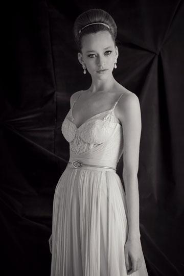 שמלת כלה של גלי קרטן ביריד לכלה החכמה
