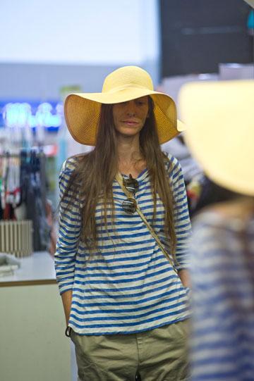 Twentyfourseven. כובעים העונים על הטרנדים האחרונים (צילום: ערן סלם)