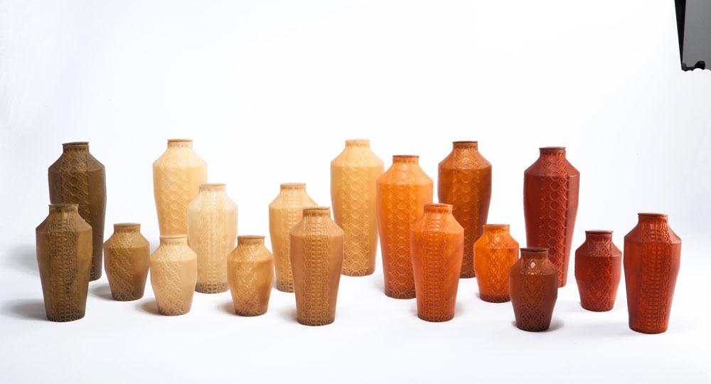 מחקר על פלסטיק הסתיים בסדרה של כלים יפהפיים, המשלבים טכנולוגיה ועבודת יד. ''0.59 גרם'' של טליה מוקמל (צילום: עודד אנטמן)