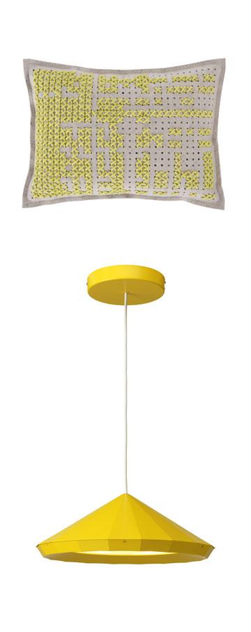 הצבע הצהוב מוסיף חיוניות ומגרה שיחה, ולכן הוא מתאים במיוחד לסלון (כרית: הביטאט, 840 שקל; אהיל: איקאה, 745 שקל)