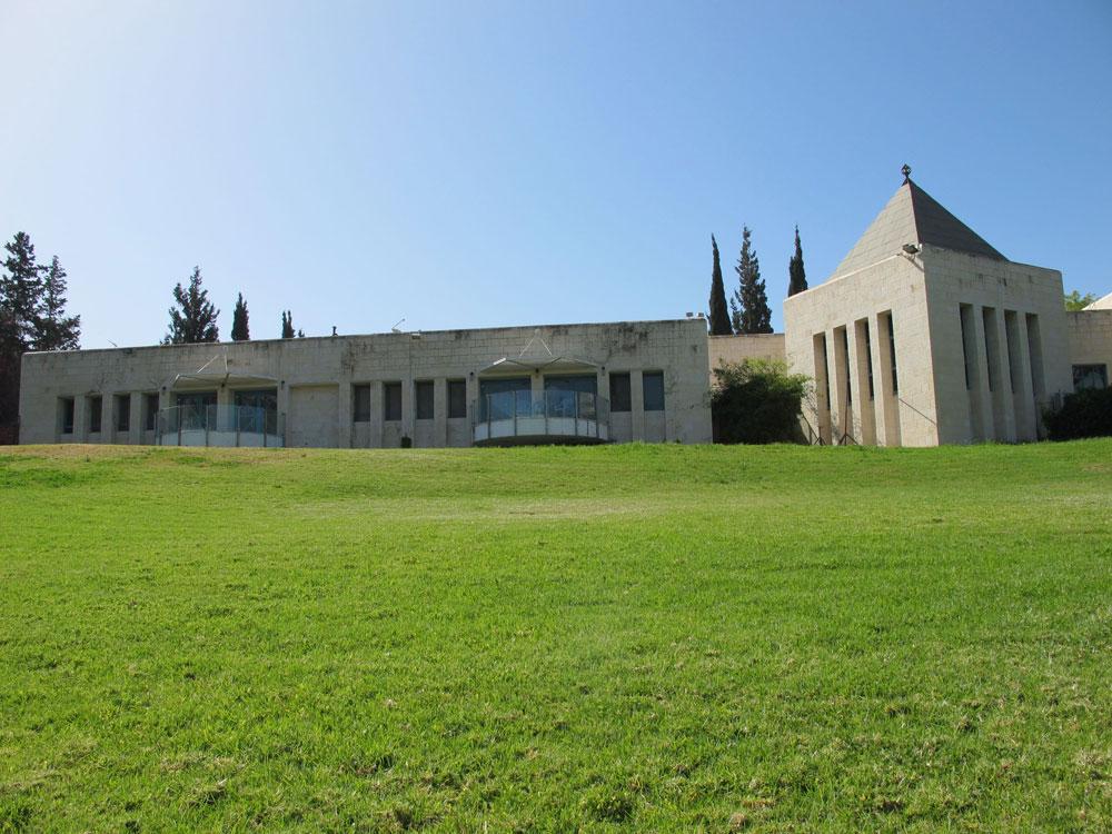 אחד מבתי התרבות היפים בישראל, ובעיני רבים - אחד המבנים היפים בארץ באופן כללי. בית גבריאל, מיסודה של גיטה שרובר, מעוצב כמבצר המזכיר את הסגנון המנדטורי בארץ ישראל (צילום: מיכאל יעקובסון)