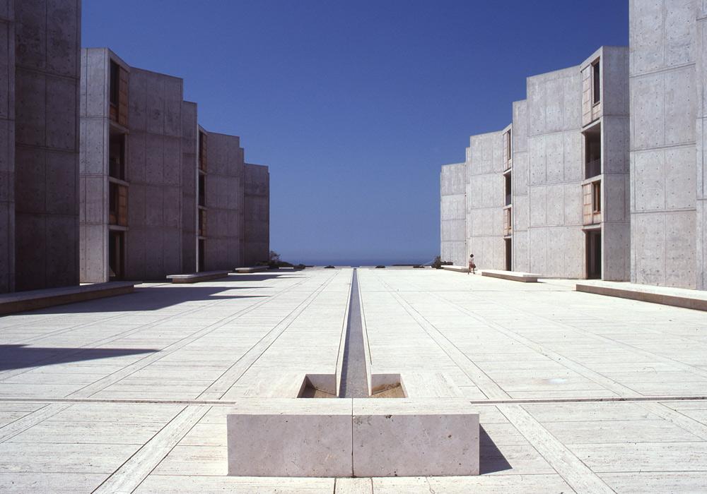 מוזיאון העיצוב של ''ויטרה'' חולק כבוד לאדריכל הנודע לואיס קאהן, ברטרוספקטיבה נרחבת. בצילום: מכון סאלק, קליפורניה (צילום: The Architectural Archives, University of Pennsylvania, John Nicolais )