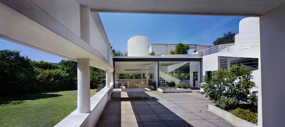 ומוזיאון ''מומה'' במנהטן מציג את לה קורבוזיה, ששינה את פני האדריכלות במאה ה-20 (גם בישראל), מזווית אחרת. בצילום: וילה סבואה (צילום: Richard Pare)