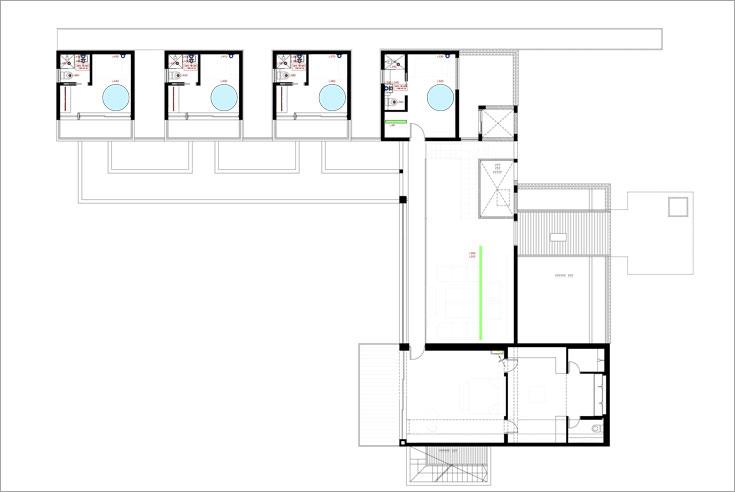 תוכנית הקומה העליונה של הבית: חדרי השינה והרחצה של חמשת הדיירים (באדיבות נסטור אדריכלים)