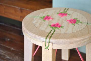 כיסא של דניאל אייבר (צילום: שלהבת אדוה)