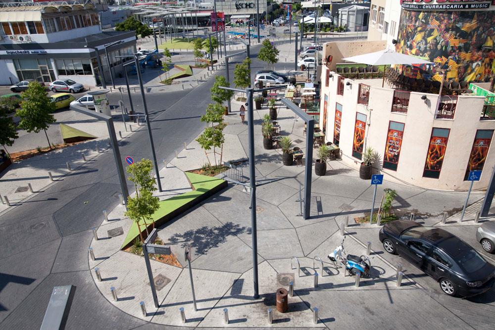 אזור התעשייה הישן הפך לגרסה הראשל''צית של נמל תל אביב: הרחובות שופצו, הופעות ייערכו, חזיתות ישודרגו והשאיפה היא שגם צעירים יבואו לגור כאן. האם זה יהיה הסוהו המקומי? (צילום: דור נבו)