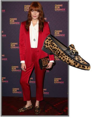 פלורנס וולש לא מוותרת על נעלי הגוצ'י המנומרות שלה (2,900 שקל) (צילום: gettyimages)