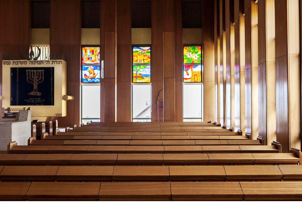 בית הכנסת ''זיכרון משכן שילה'', בתכנונו של האדריכל זלמן דויטש, מושקע בפרטים קטנים שמאזכרים את המשכן ההיסטורי. הכניסה חופשית (צילום: איל תגר)