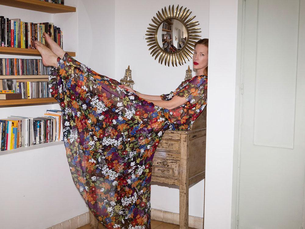 הדוגמנית מיקי ממון בקטלוג הקולקציה של בלאיש (צילום: איתי בנית)