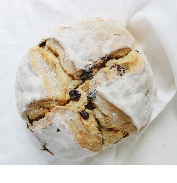 לחם אירי עם צימוקים (צילום: Imen McDonnell)