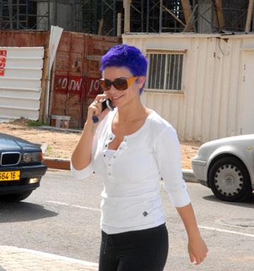 הלכה עם הפרסומת לפלאפון עד הסוף. נינט, 2008 (צילום: יגל בר קמא)