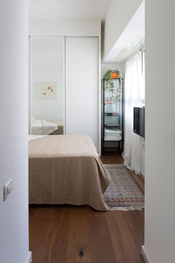מבט לחדרה של האם (צילום: שי אפשטיין)