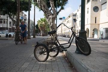 חניית אופניים בתל אביב, בשבוע שעבר (צילום: דור נבו)