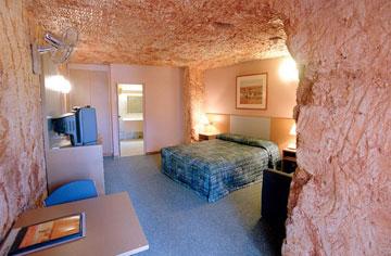 כאן גרים בכיף מתחת לאדמה. בית בקופר פידי (צילום: Smart Encyclopedia, cc)