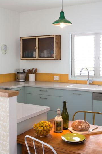 טעמה של בעלת הבית הכתיב את הסגנון העיצובי ואת סקלת הצבעים (צילום: שי אפשטיין)