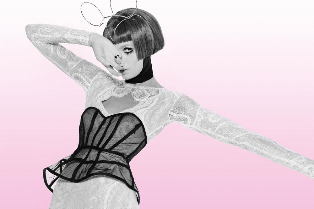 יריד כלות חכמות. מחיר הרכישה של כל שמלה נמוך ב-50 אחוז ממחיר ההשכרה המקורי שלה  (צילום: איתן טל)