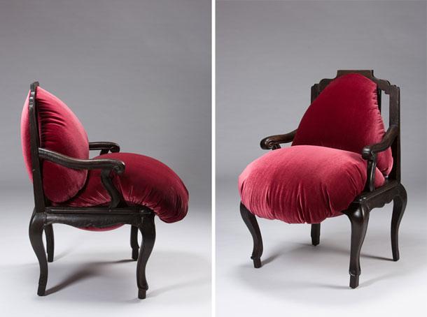 ''הכיסא השמן''. מפתה או מפחיד? (צילום: עודד אנטמן)