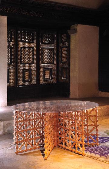 שולחן קפה של המעצבת שהירה פהמי, שנולדה בקהיר (באדיבות טולמנ'ס)