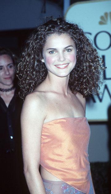 """זוכרים את שנת 1999? ראסל, הרעמה ותלבושת חסרת סטייל בתקופת """"פליסיטי"""" (צילום: gettyimages)"""
