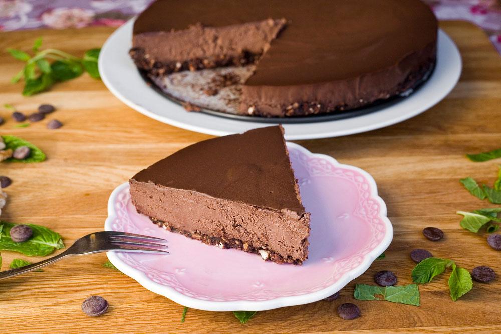 עוגת שוקולד טבעונית  (צילום: עדי קראוס )