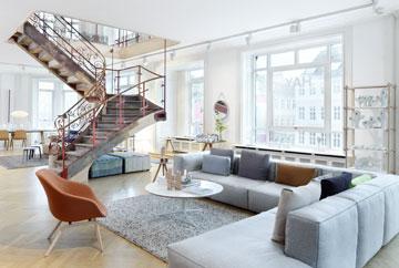 HAY מספר 2: אוסף רהיטים בבניין היסטורי מרשים (באדיבות HAY)