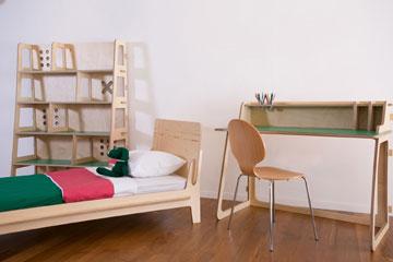 רהיטים לילדים ולבוגרים בסטודיו החדש של שרית שני חי (צילום: שירן כרמל)