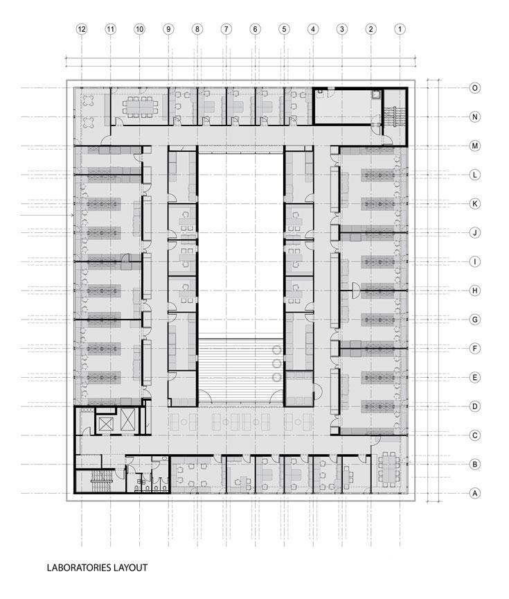 התוכנית של שלוש הקומות העליונות. מסדרון היקפי מקשר בין כל החדרים. חדרי החוקרים ממוקמים צמוד לחזית הדרומית והצפונית ומשני צדיה של החצר הפנימית, והמעבדות נמצאות צמוד לחזית המזרחית והמערבית. הבניין כולו נבנה על בסיס מודול של 3.20 מ' (תכנון: חיוטין אדריכלים)
