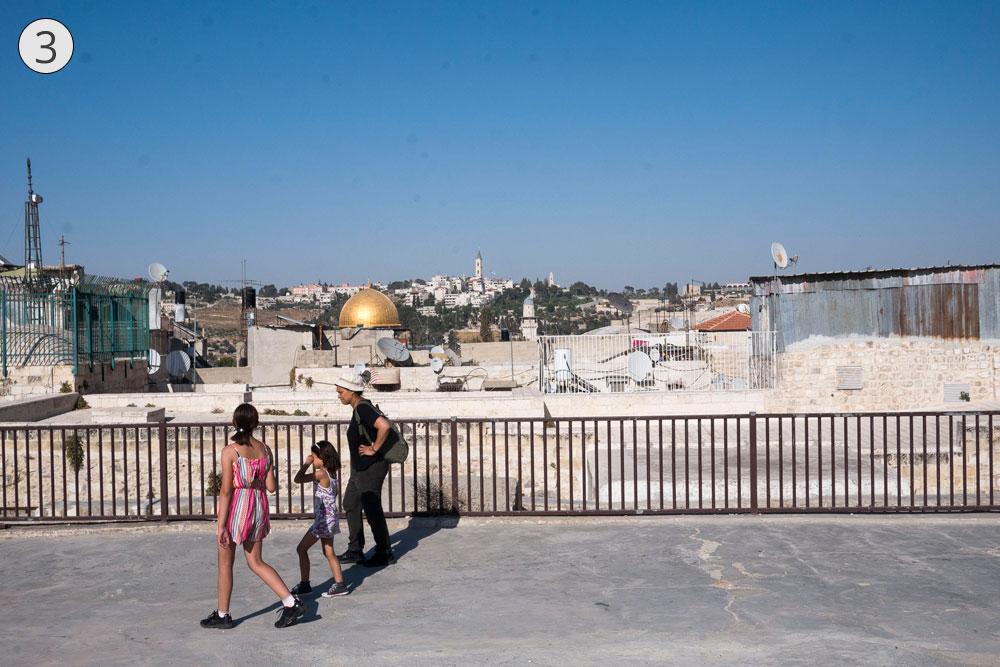 תחנה שלישית: על גגות השווקים אפשר להלך, בטיילת העלית שמשקיפה על רחבי ירושלים (ולמרבה הצער לא הושלמה מעולם) (צילום: אוריה תדמור)