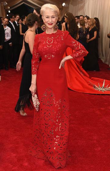האישה באדום. מירן בשמלת תחרה נוספת (צילום: gettyimages)