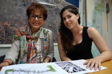 עדנה לרמן (משמאל) ומיה בן שמואל. מובילות את הפרויקט השאפתני (צילום: מיכאל יעקובסון)