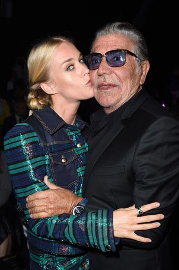 נולדה לעולם האופנה. מרי צ'ארטריס והמעצב רוברטו קוואלי (צילום: gettyimages)