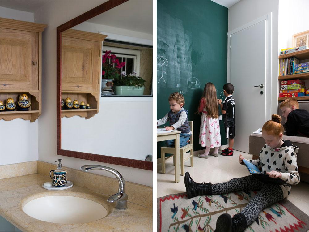 מימין: חדר המשחקים של הנכדים, שנמצא היכן שהיתה פעם פינת טלוויזיה. משמאל: שירותי האורחים, שהקישוט הבולט בהם מופיע באחת התמונות בהמשך הכתבה (צילום: שירן כרמל)