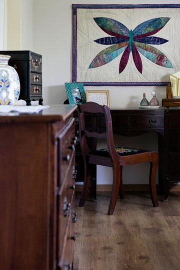 תרומת הדודה האמנית לחדר השינה (צילום: שירן כרמל)