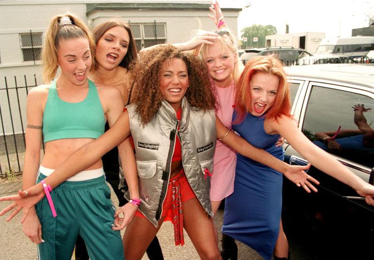 הספייס גירלס, 1996. חמש בנות לא כל כך יפות ולא כל כך מוכשרות, שכבשו את עולם הפופ בסערה (צילום: rex/asap creative)