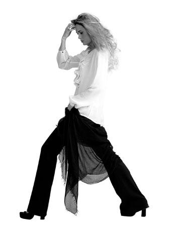 סאקס. בגדים איכותיים (צילום: קובי מהגר)