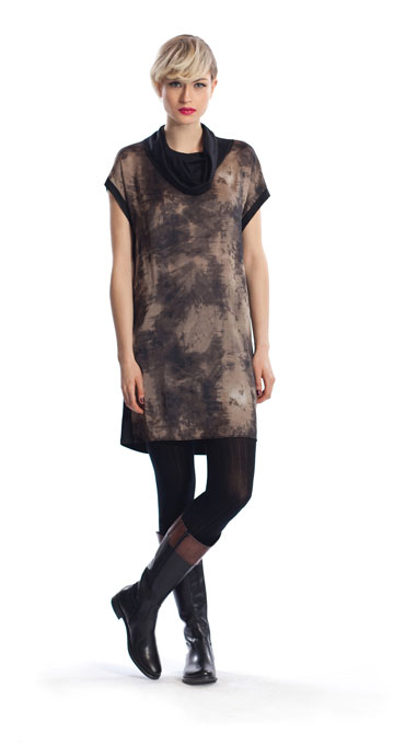 קולקציית סתיו-חורף 2012-13 של רונן חן. ''אני מודה שנחמץ לי הלב לא לראות את השם שלי בשבוע האופנה'' (צילום: אלון שפרנסקי)