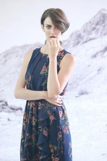 יעל גולדמן מאחורי הקלעים בצילומי קמפיין החורף של רונן חן. ''זה מאבק יומיומי, במיוחד כשעסקי האופנה בימים אלו קשים''