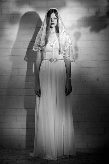 שמלת כלה של דפנה לוינסון. פשוט לבוא, למדוד ולקחת  (צילום: רונן פדידה)