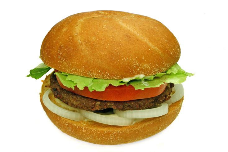 ויש גם גרסה לצמחונים. המבורגר ביתי (צילום: thinkstock)