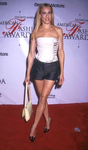 שרה ג'סיקה פרקר, 1999. קצר מדי, צמוד מדי (צילום: gettyimages)