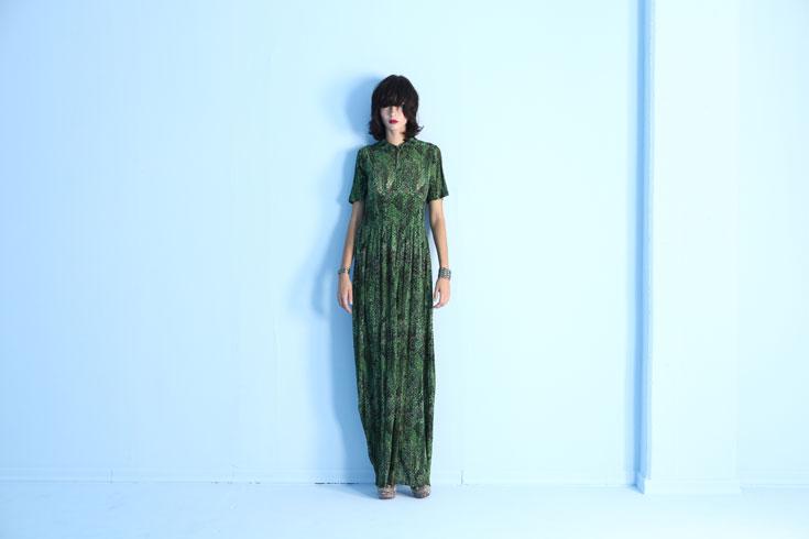 קולקציית סתיו-חורף 2012-13 של דורין פרנקפורט. בהשראת יונה וולך והמוזיקאית כריסי היינד (צילום: מיקי קרצמן)
